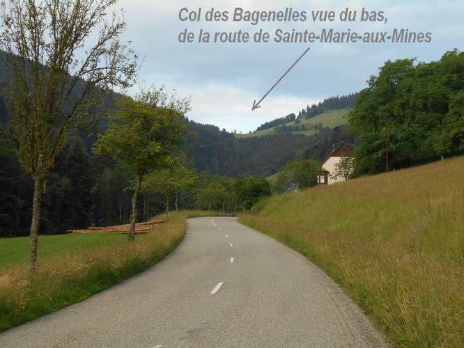 Éoliennes  au col des Bagenelles : une belle grimpette vosgienne pour les cyclistes allant plus vite que le vent