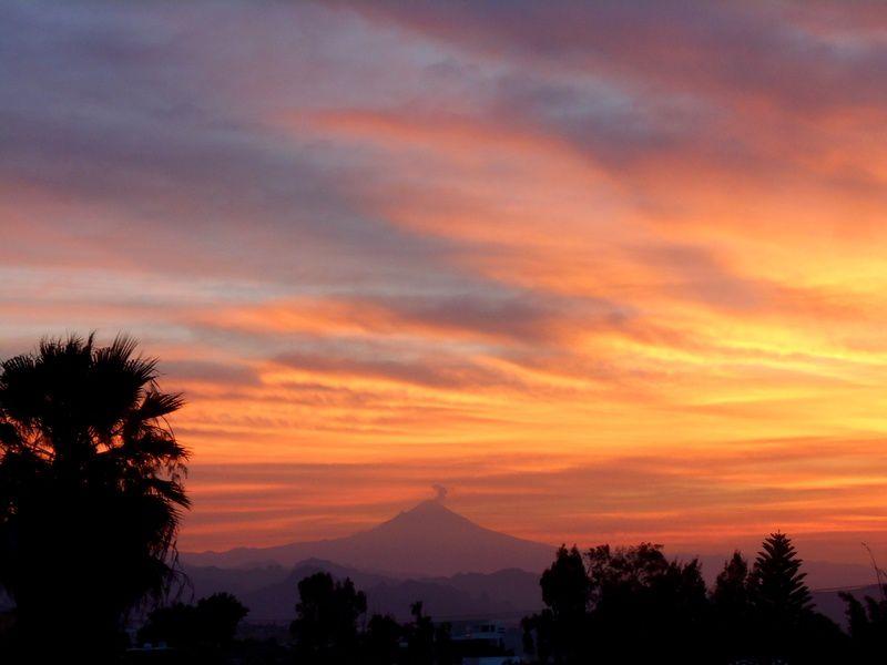 Le Popocatepetl en son ciel !