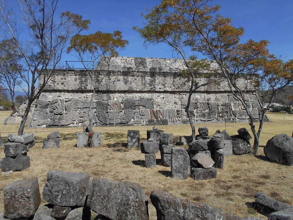 Un retour enthousiasmant à Xochicalco qui attend sa totale restauration