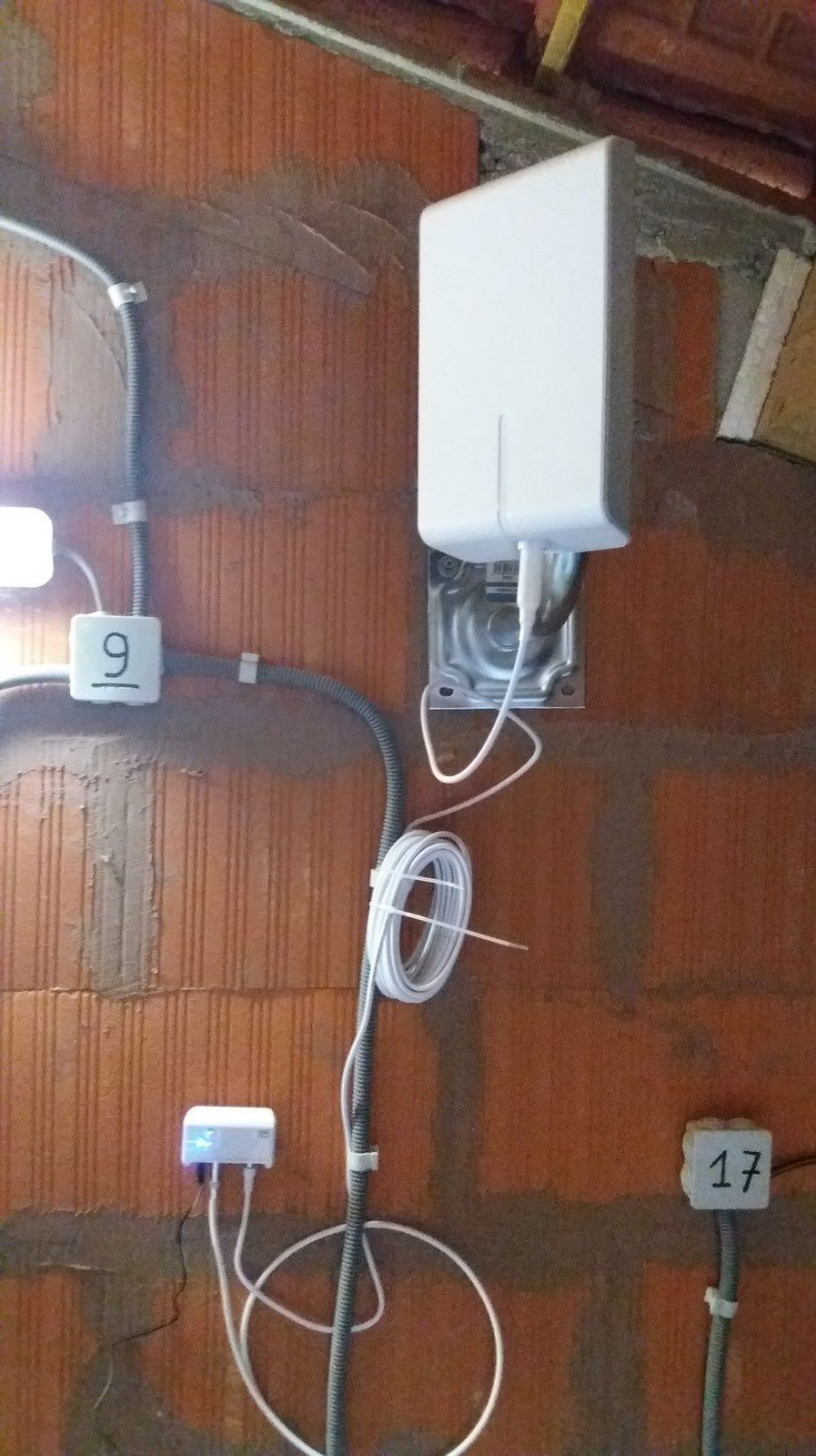 Installation antenne TNT HD One For All SV9455