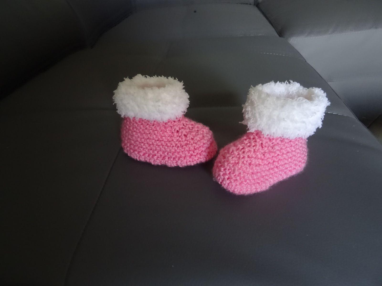 mes petits chaussons de bb version fifille...