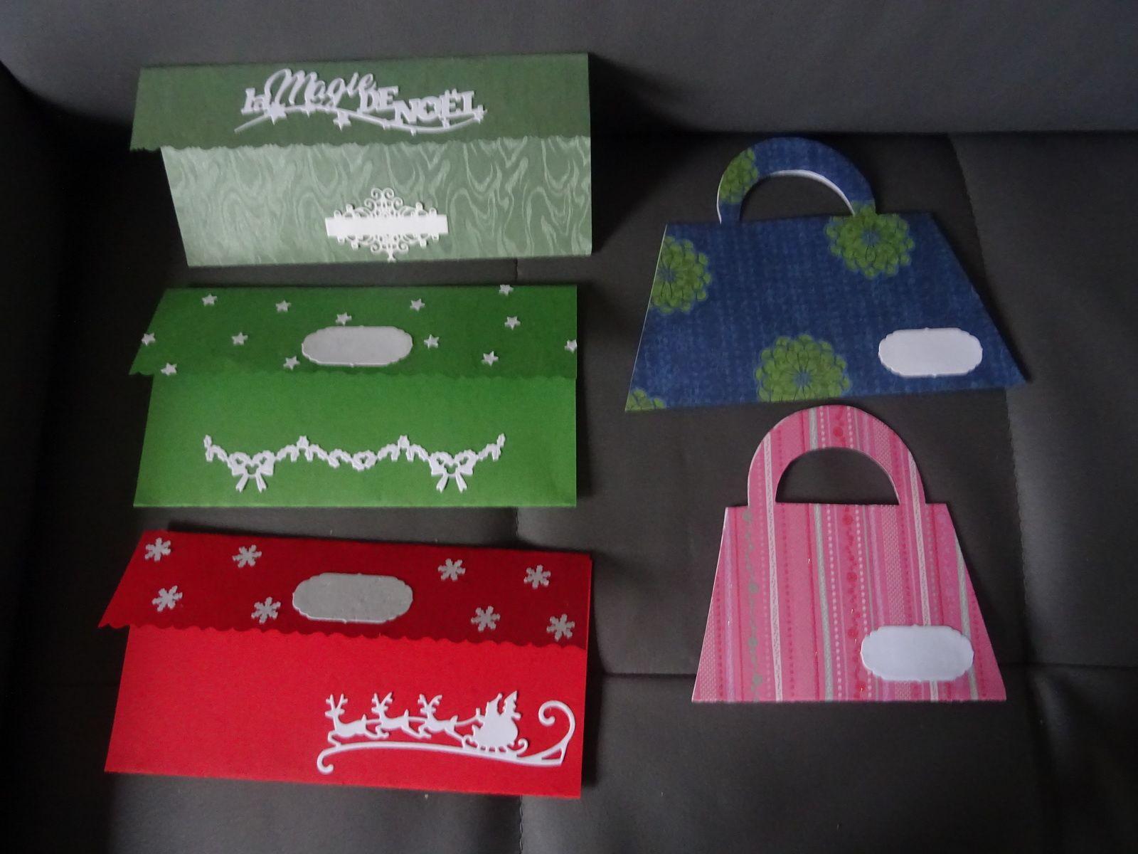 carte et pochettes cadeaux