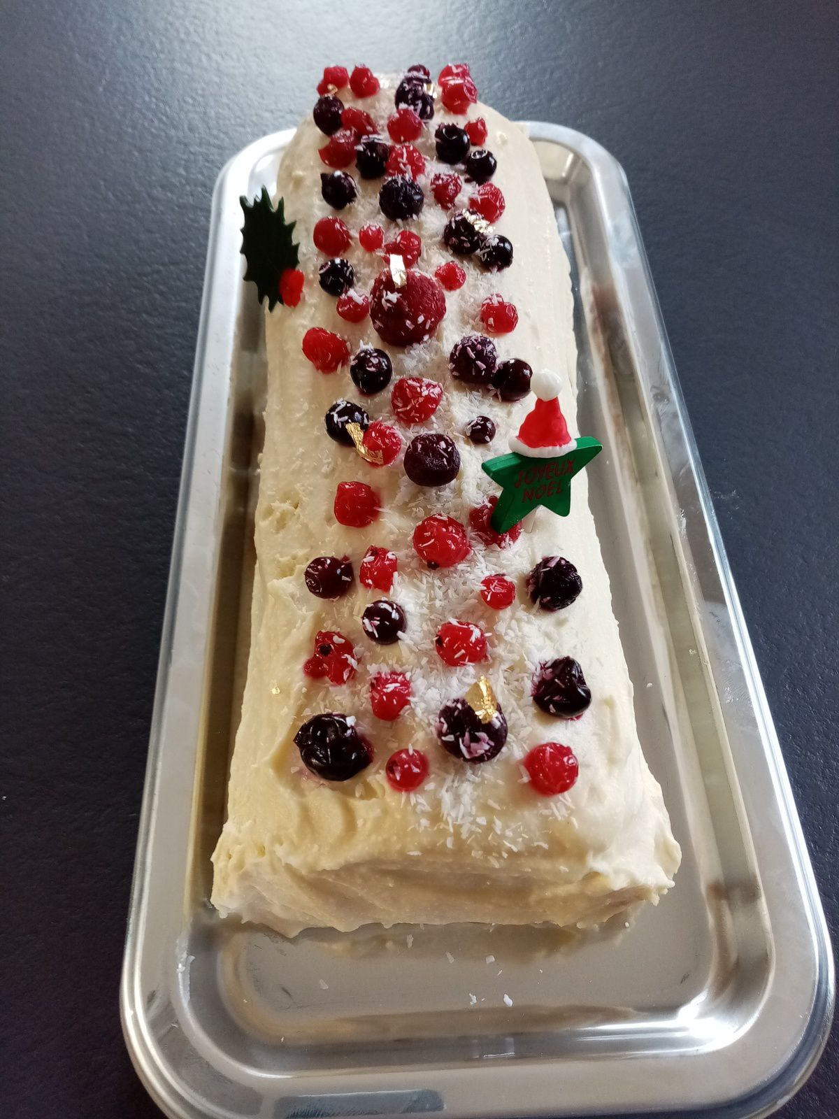 Bûche roulée chocolat blanc fruits rouges mascarpone