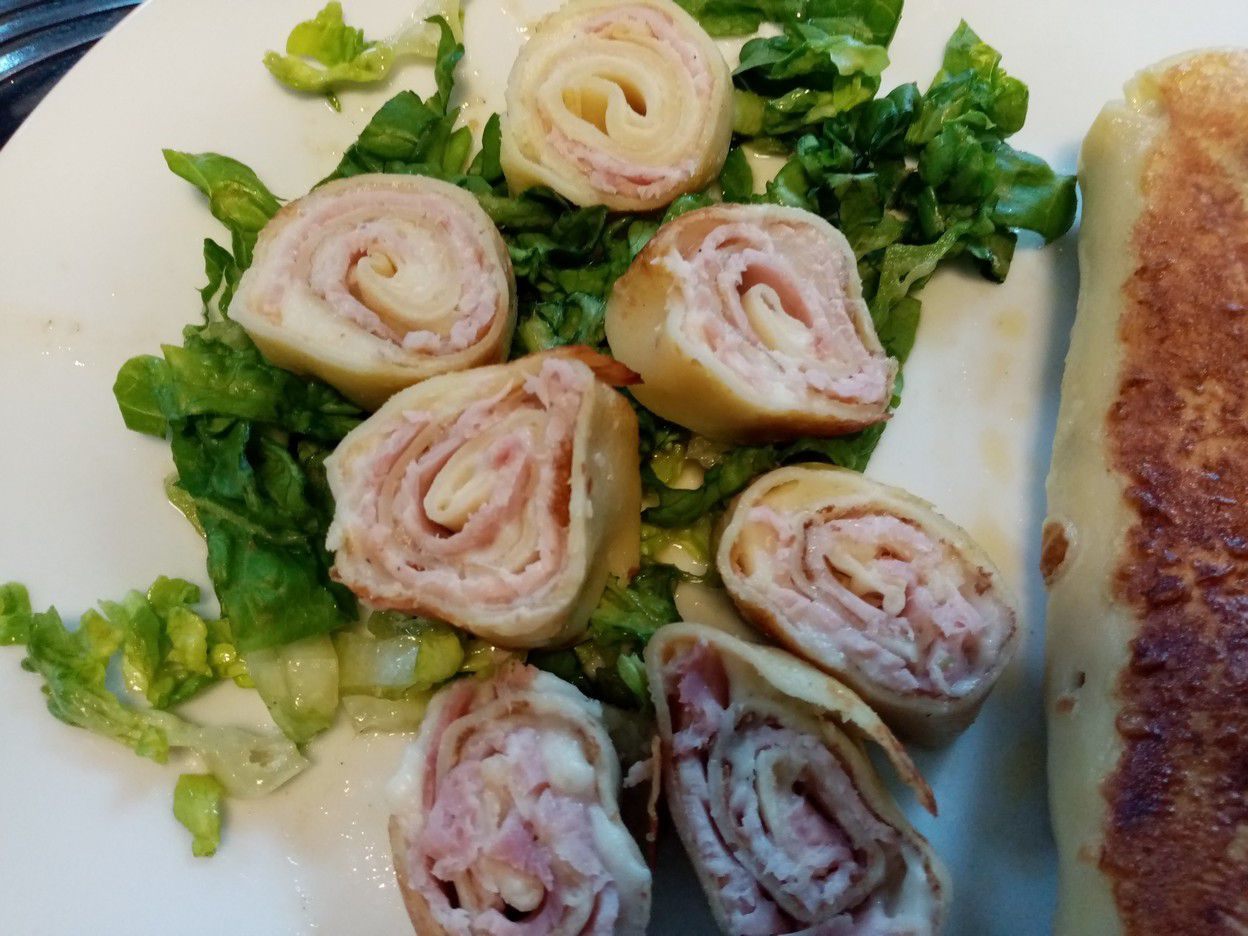 Crêpes au jambon et salade verte de Cyril Lignac dans tous en cuisine