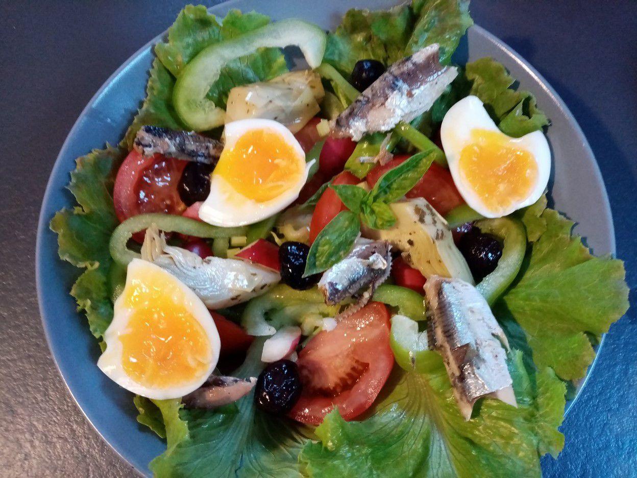 Salade niçoise de Cyril Lignac dans tous en cuisine