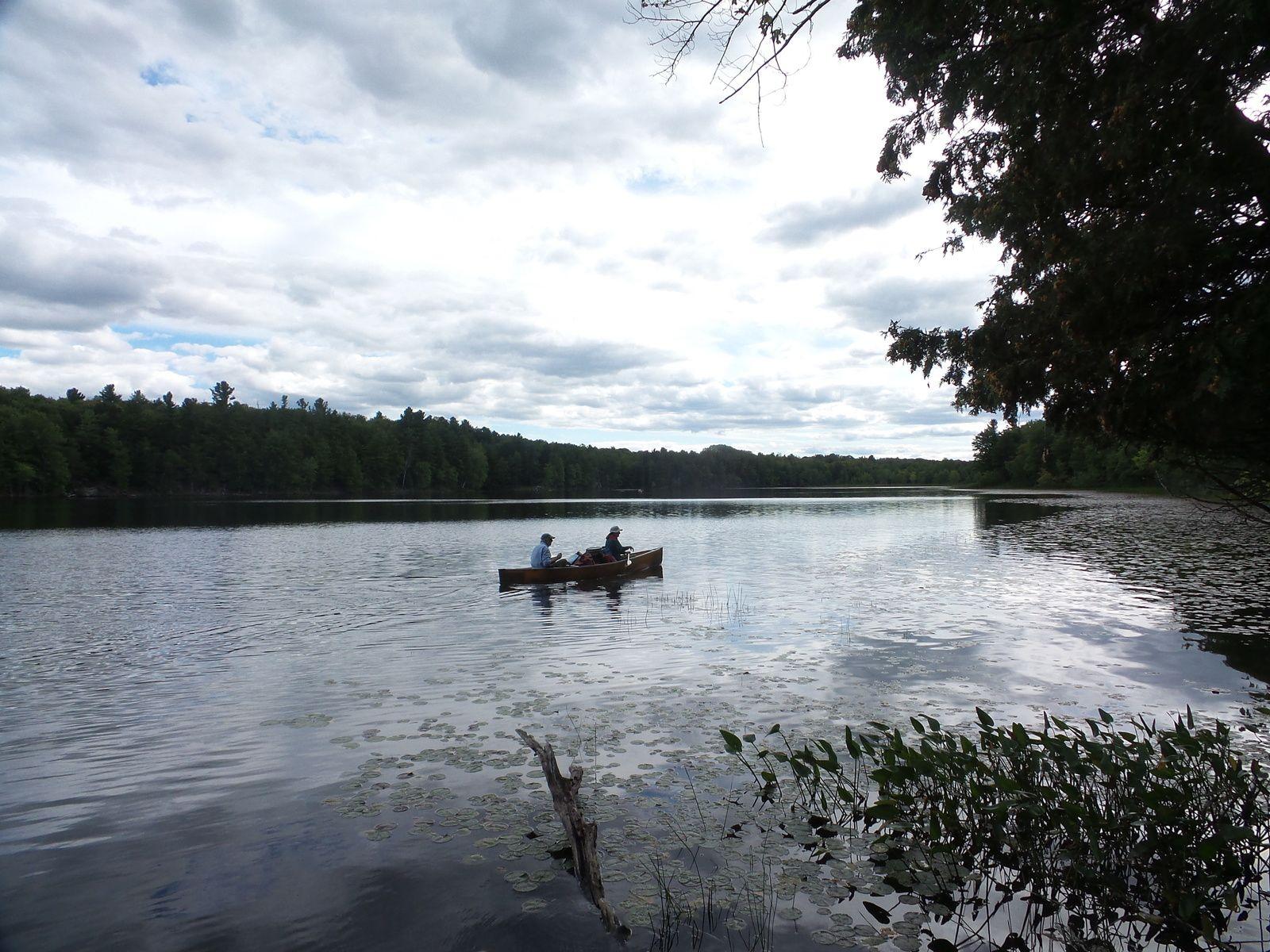 GROUPE B: 5 km de pagayage pour rejoindre le campement