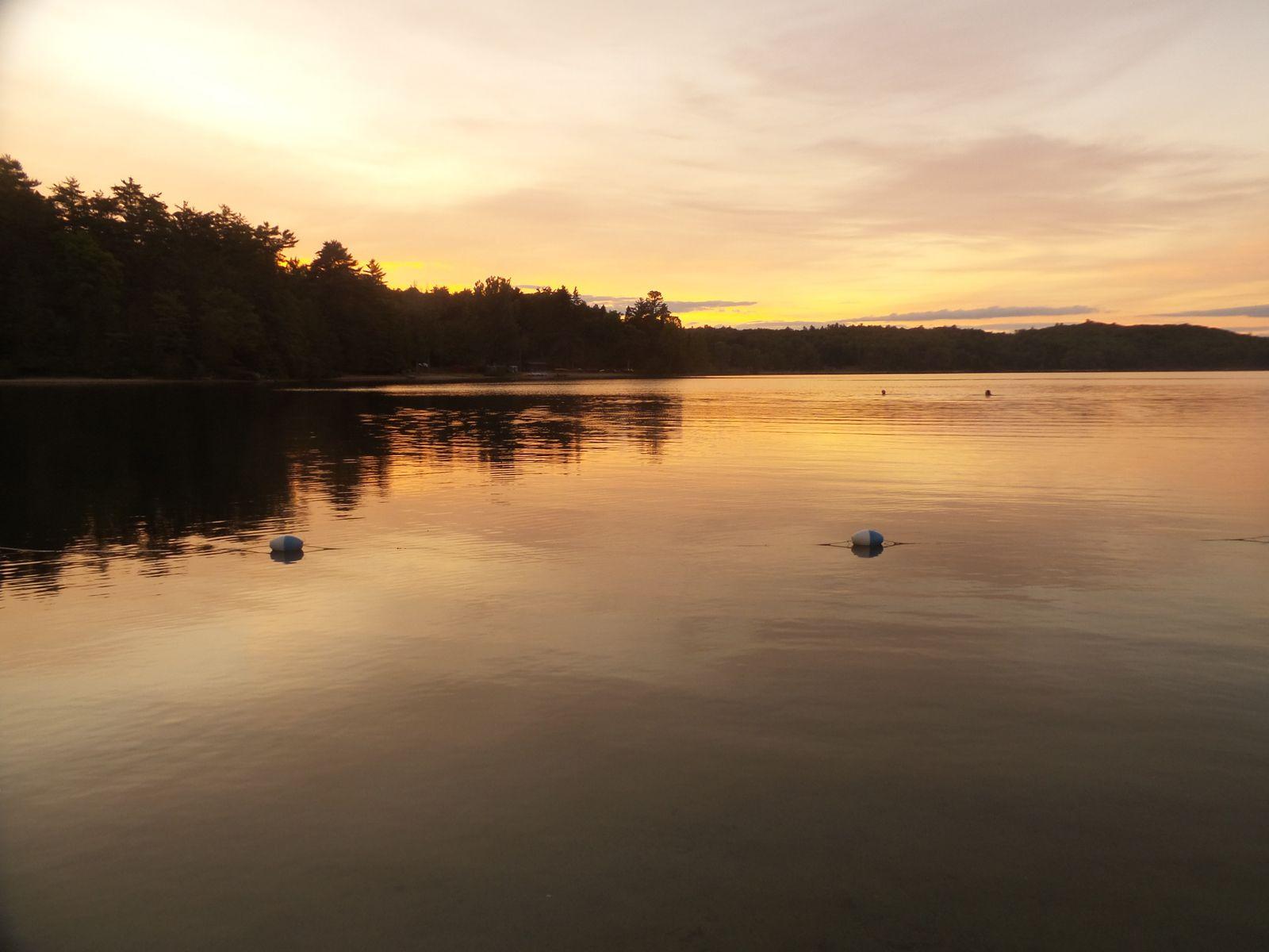 Coucher de soleil sur le lac Philippe