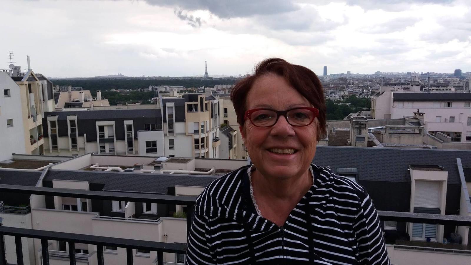 Sur la terrasse de la cafétaria du Centre Curie de Saint Cloud le lendemain de mon opération