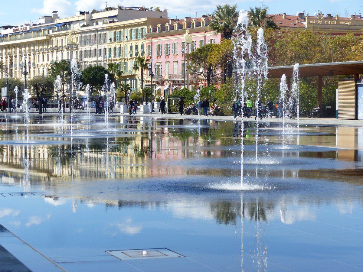 Miroir d'eau de Nice