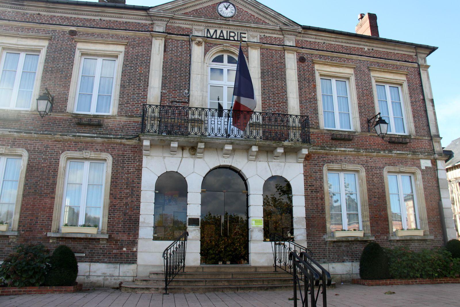 La Mairie de St Georges du Vièvre