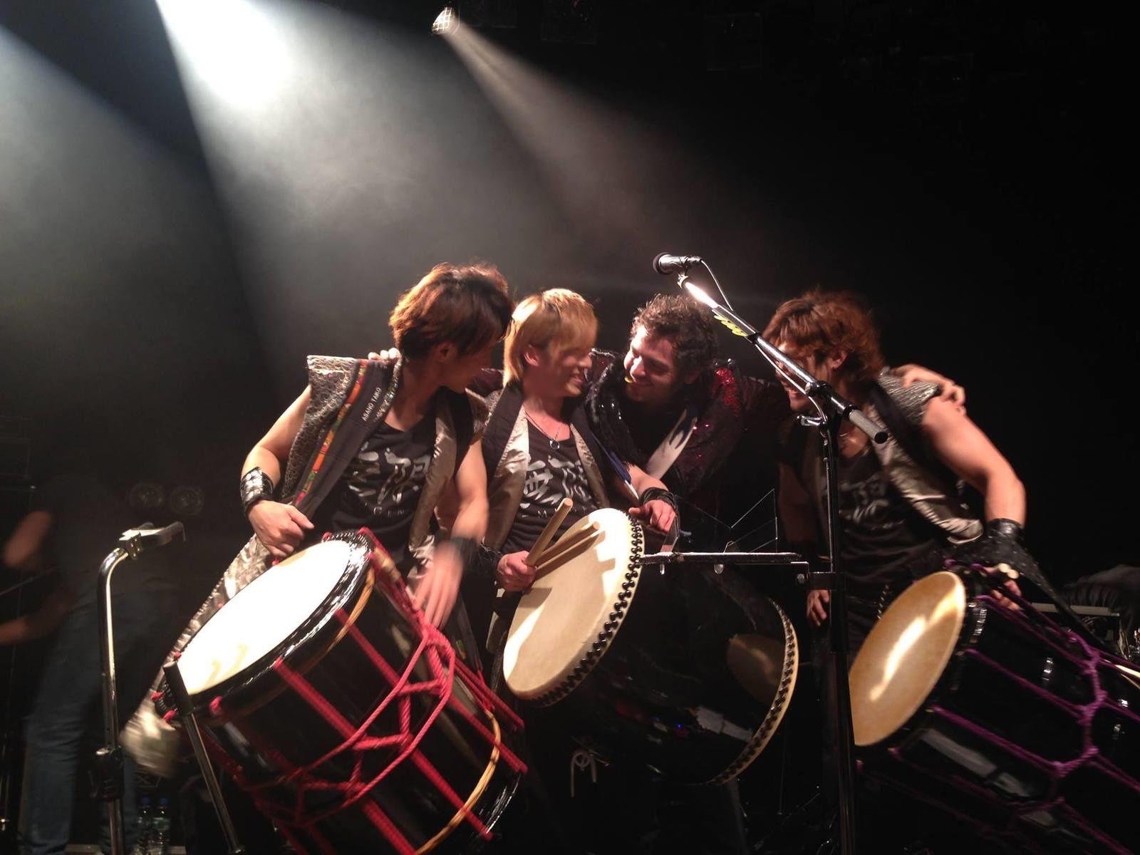 Matthieu Chedid et MUGEN au Unit club de Tokyo - Photo par Elodie K.