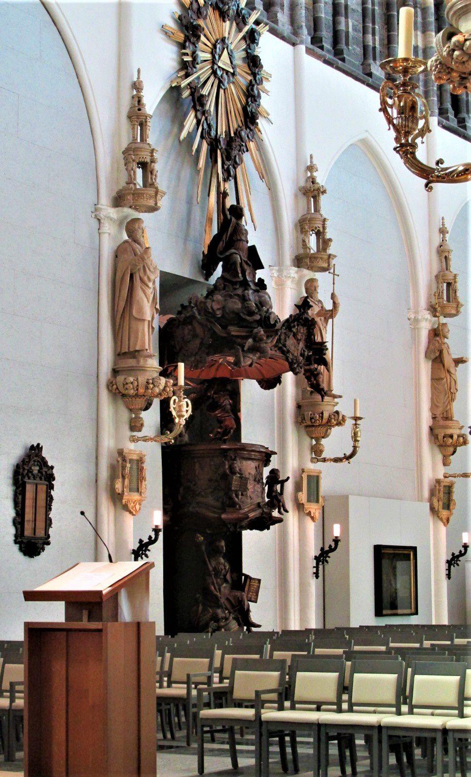 ~ Eglise Notre Dame de Bruges ~