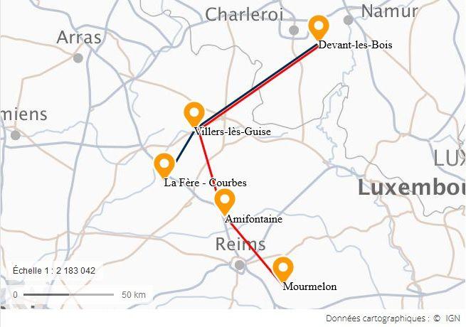 Carte des déplacements du capitaine Gombeaud. En bleu, le trajet vers le PC du 2° CA ; en rouge le trajet vers les groupes de bombardement.