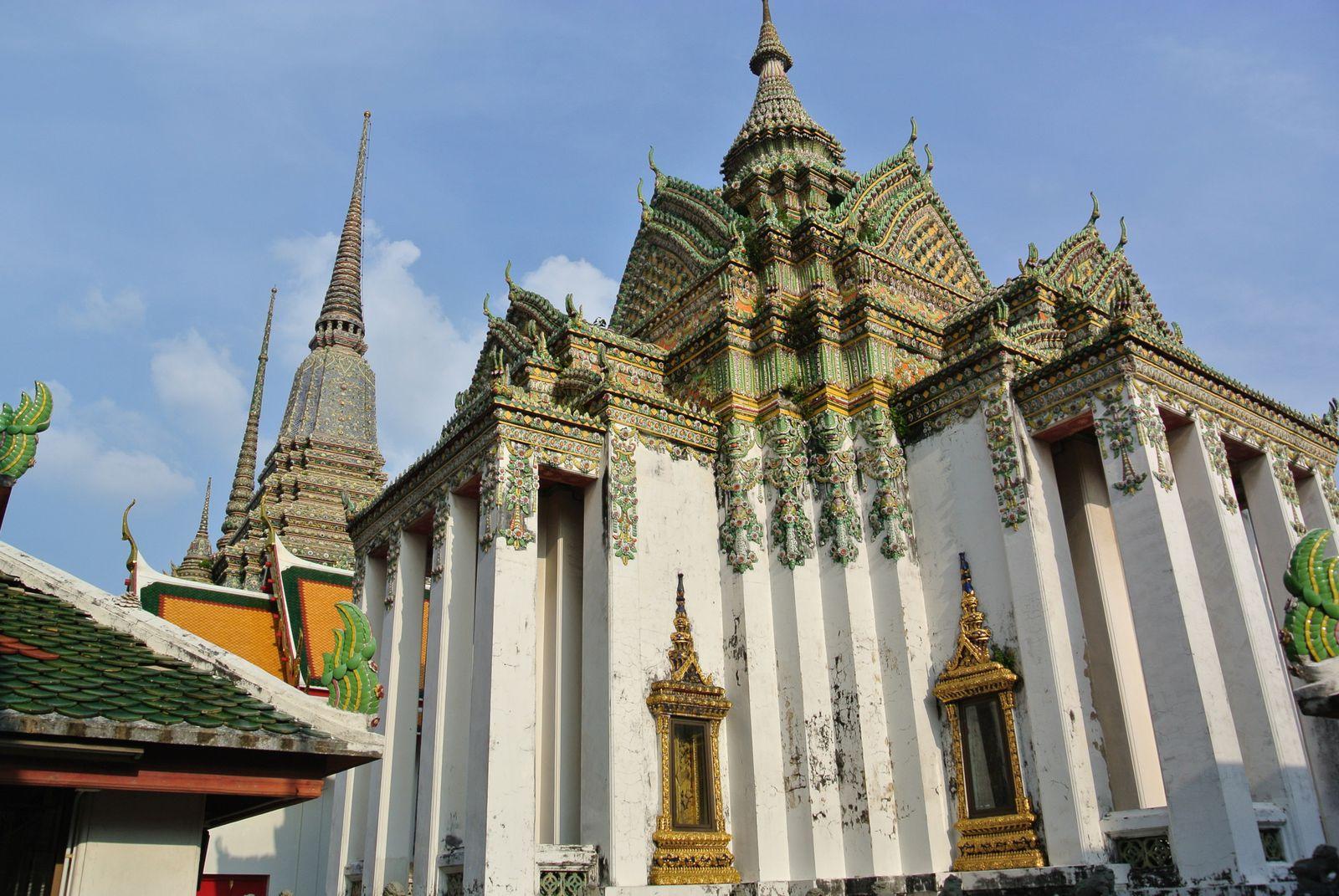 Bangkok. Thailande. Vie nocturne terrible, noix de coco et surtout mangue riz collant.