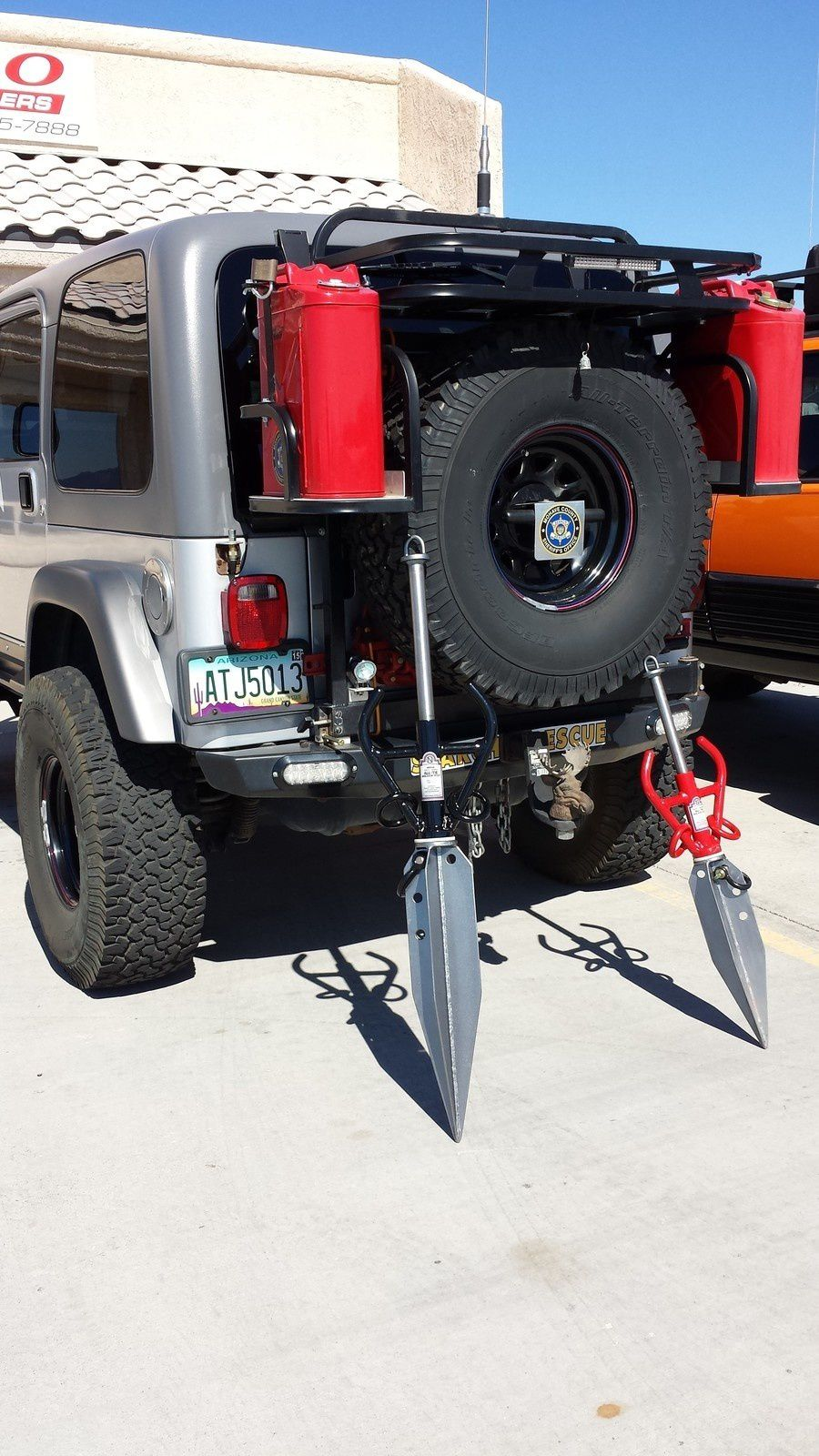 Winching With no Truck Just Metal Pins as an Anchor : using innovative All-Tie Anchor anchoring device - 3D Trade Center
