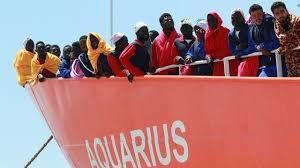 L'opinion publique est très largement opposée. On a bien vu hier quelques petits milliers de manifestants dans toutes les villes de France (quelques centaines tout au plus dans chaque ville), tous vêtus d'orange gracieusement fourni par la richissime ONG SOS Méditerranée.