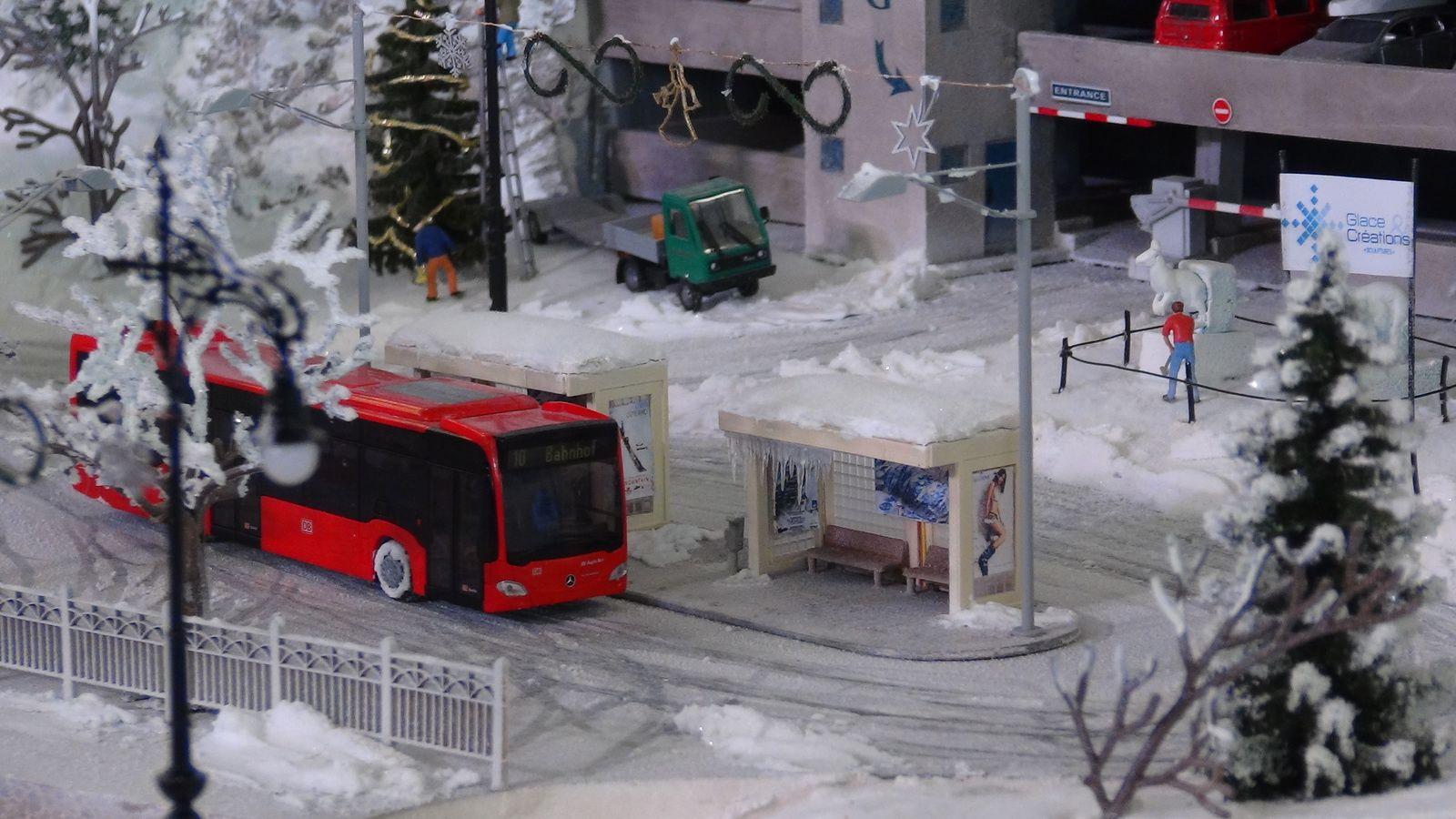 Visite virtuelle de Mini World Lyon avec Google Maps