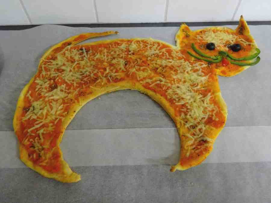 pizza Halloween chat