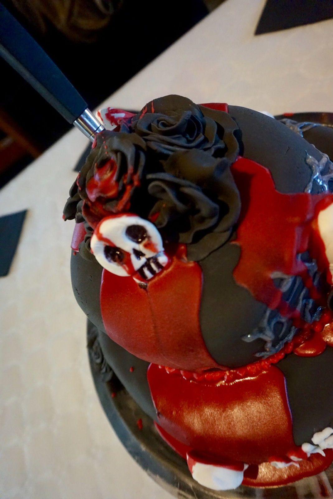 """CAKE DESIGN """" AMERICAN HORROR STORY"""" 🔪💉⚰☠"""