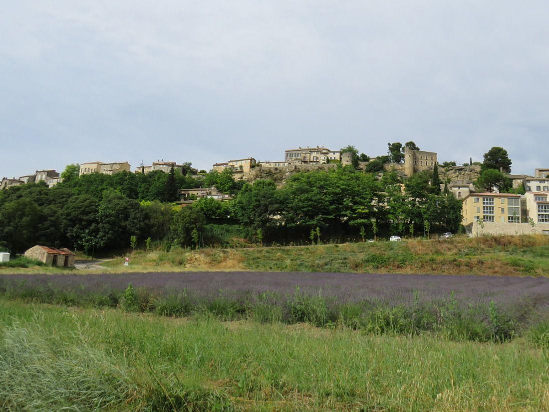 """MENERBES """"Un des plus beaux villages de France"""" en Vaucluse,"""
