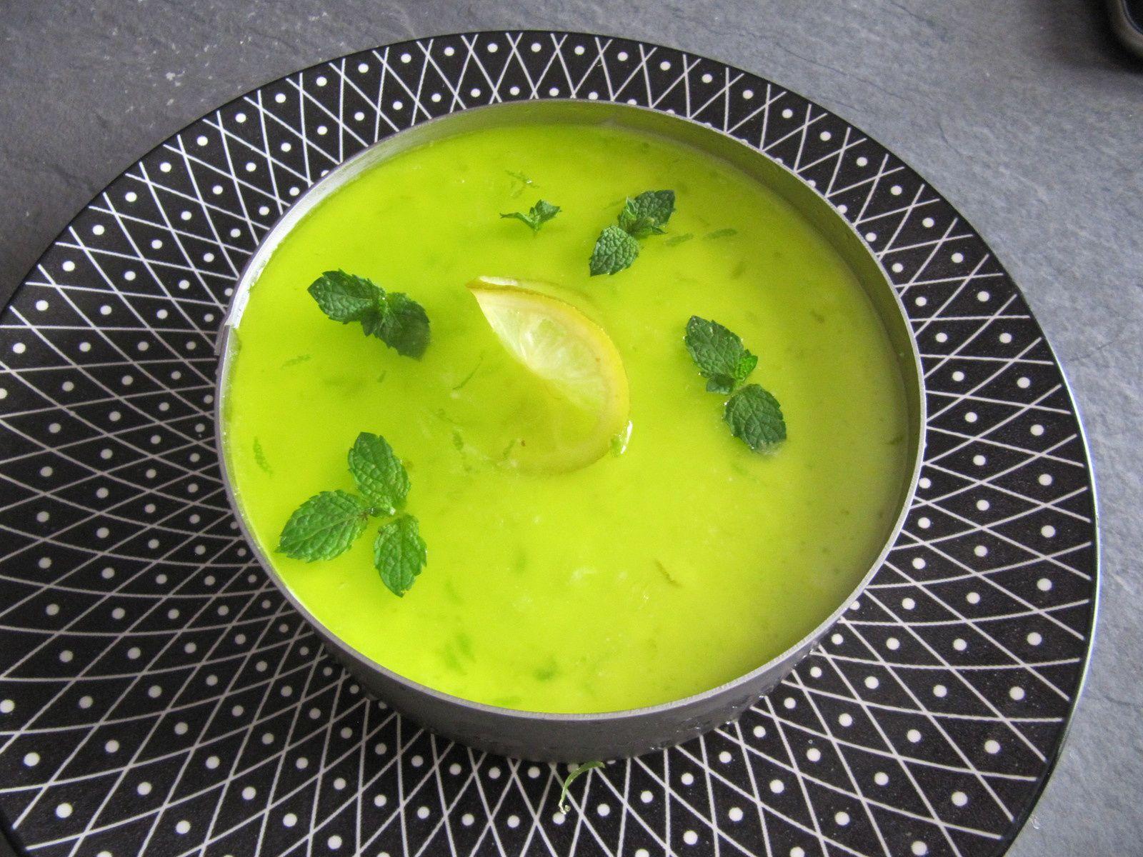 Entremet mojito ( citron vert et menthe fraîche)