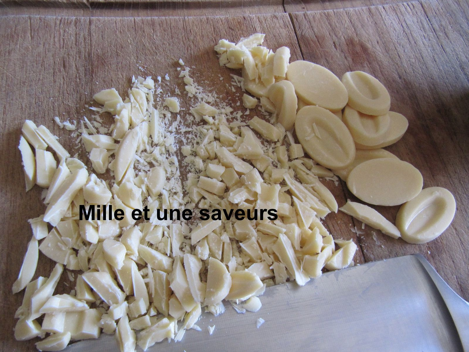 Fraisier aux noisettes et  chocolat blanc
