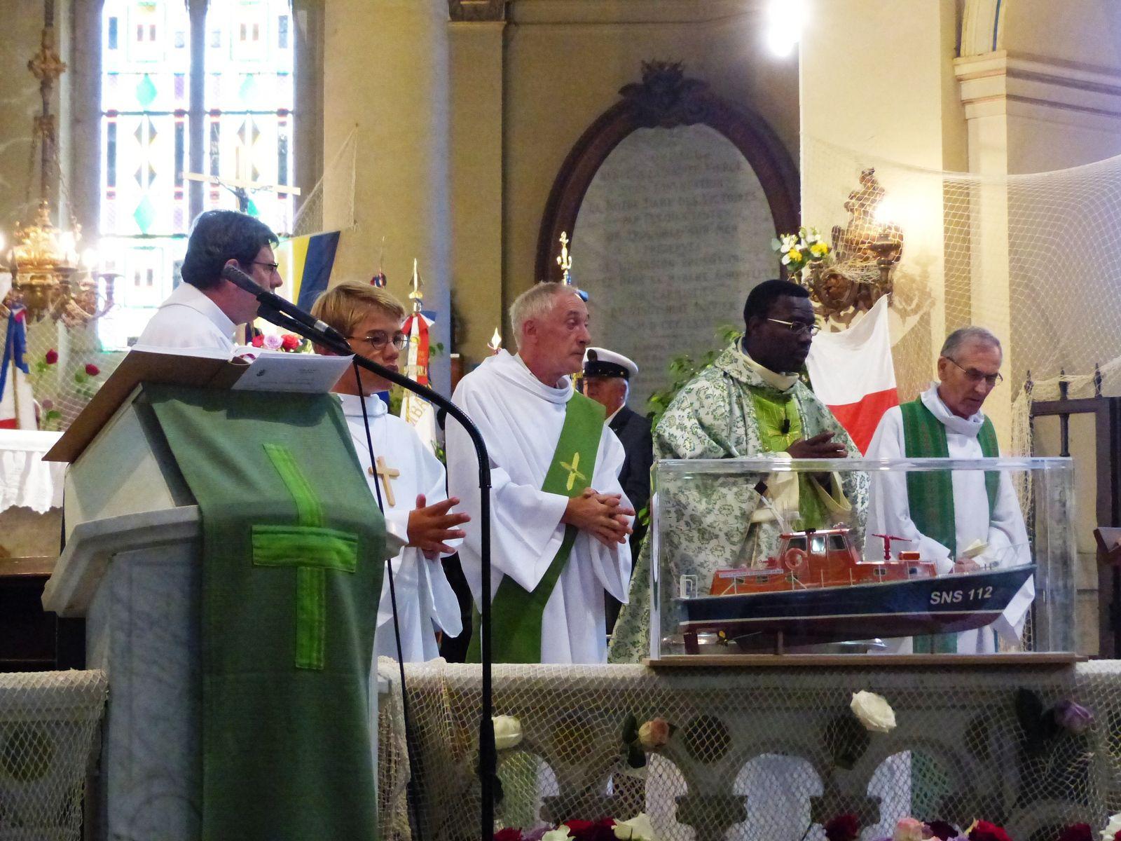 Fête de la mer et Messe à Trouville sur Mer.