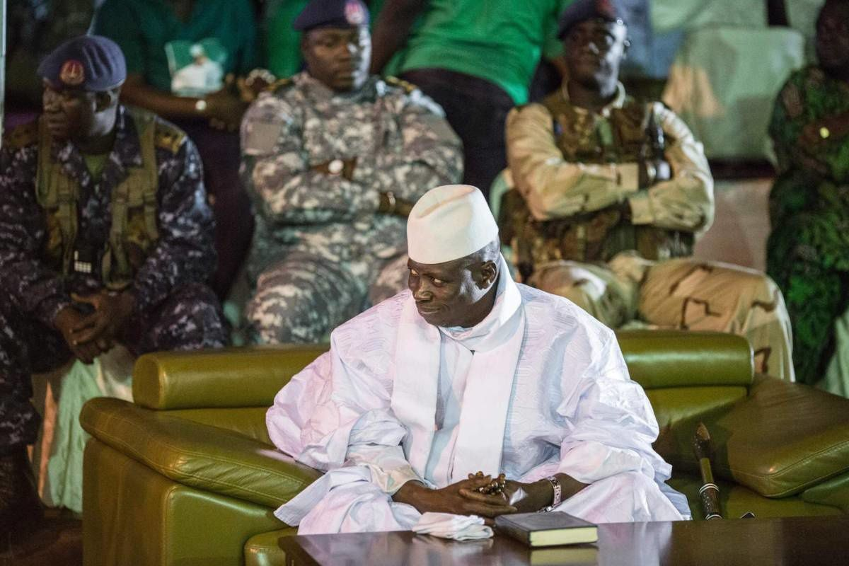 Yahya Jammeh, en Banyul, en un acto de cierre de campaña electoral de su partido a finales de noviembre/MARCO LONGARI (AFP).- El Muni.