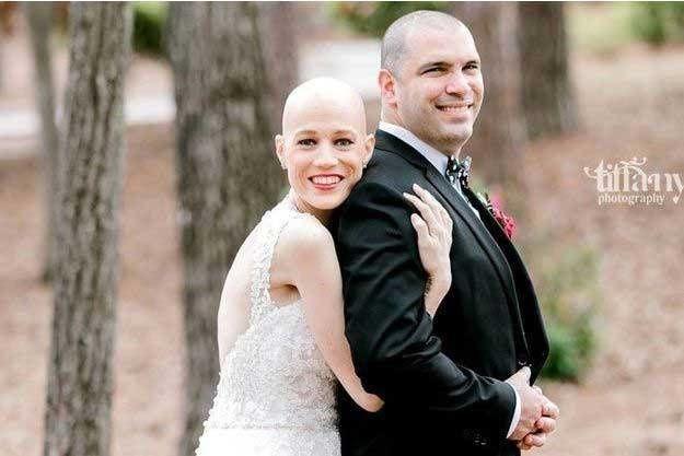 Una mujer desafió su enfermedad para asistir a su boda: una gran historia de amor truncada por el mayor mal de todos los tiempos.