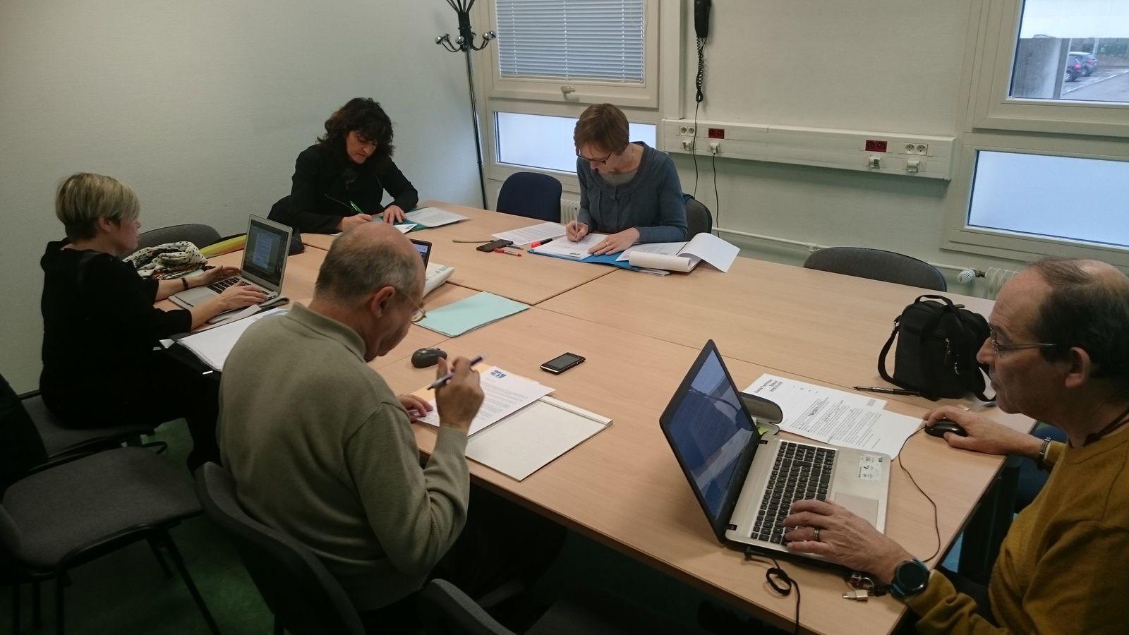 Les membres de la Fédération Unsa Education de l'académie de Reims en réunion préparatoire