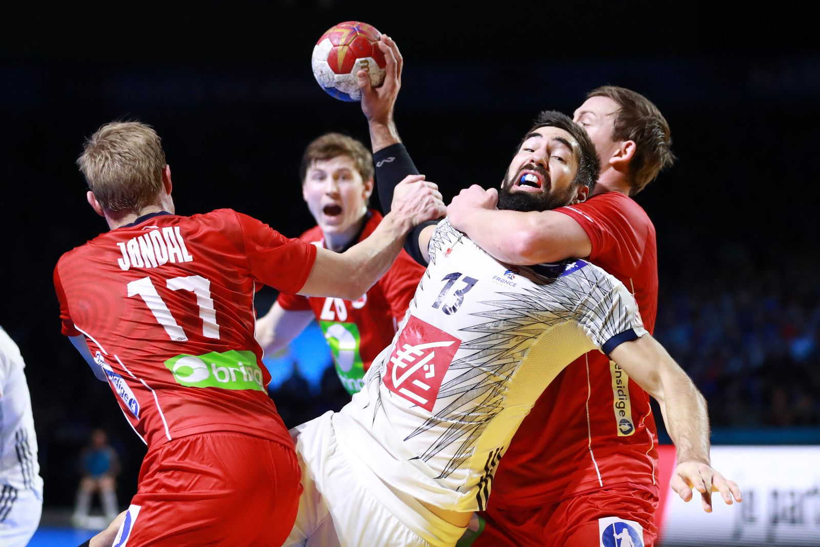 Nikola Karabatic et l'Equipe de France de Handball, soutenus par INDIBA depuis 2012 - crédit photo/S.Pillaud