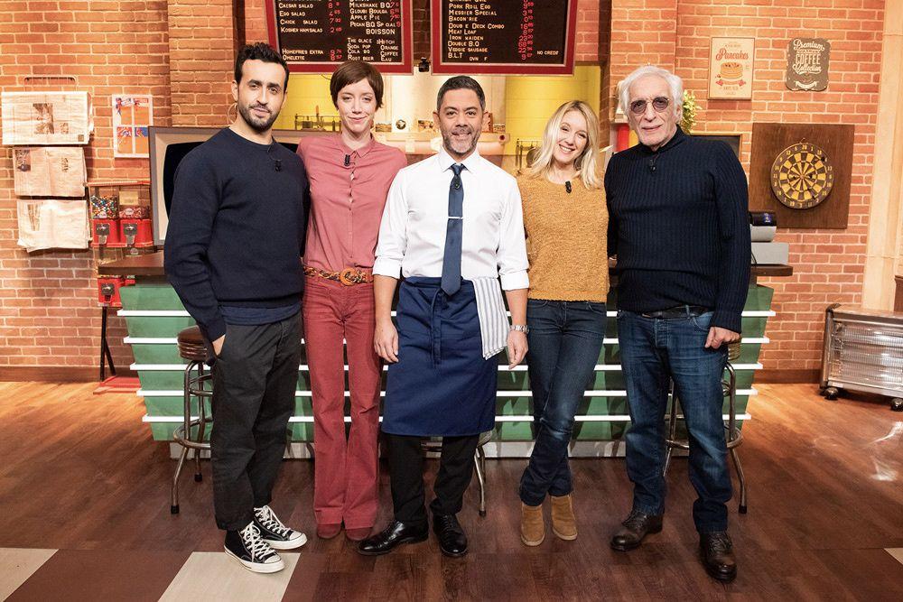"""Manu Payet et Jérôme Commandeur assurent ce soir le service de """"Burger Quiz"""" avec Jonathan Cohen, Sara Giraudeau, Gérard Darmon (...) sur TMC"""