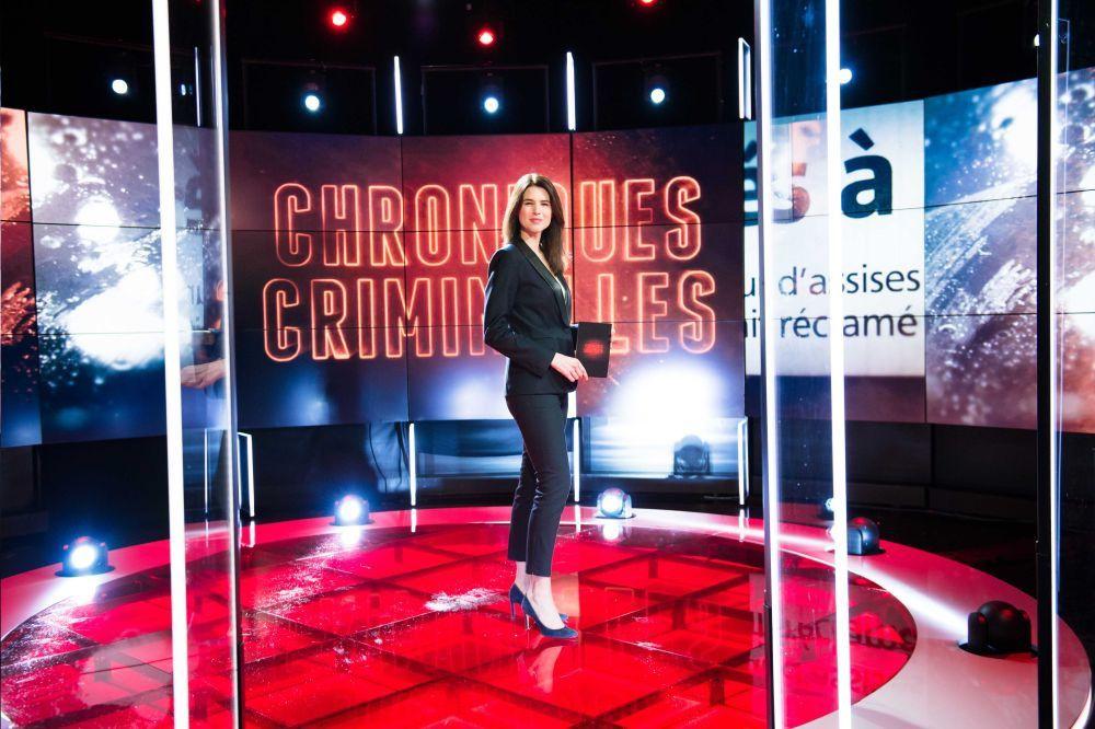 """Julie Denayer prend dès le 12 janvier les commandes du magazine """"Chroniques Criminelles"""" sur TFX"""
