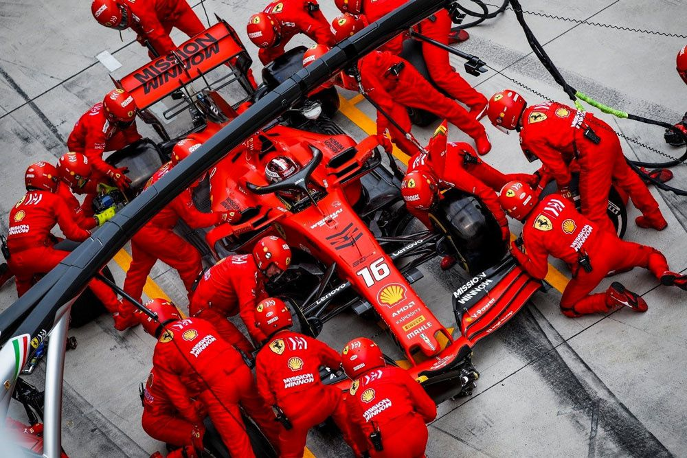 """Le « pitstop » de Formule 1 à l'honneur dans la case """"Invisible"""" sur CANAL+"""