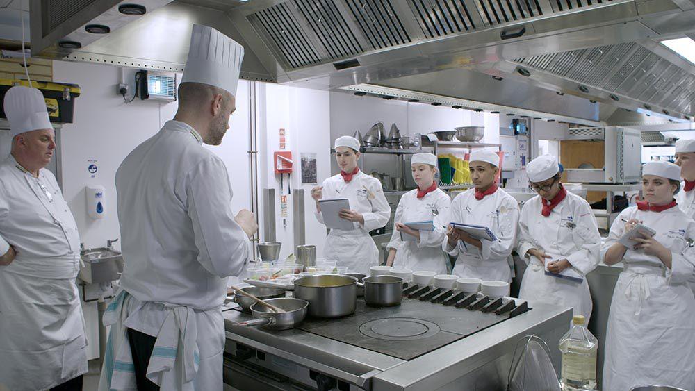 « Auguste Escoffier, ou la naissance de la gastronomie moderne », documentaire inédit ce soir sur ARTE