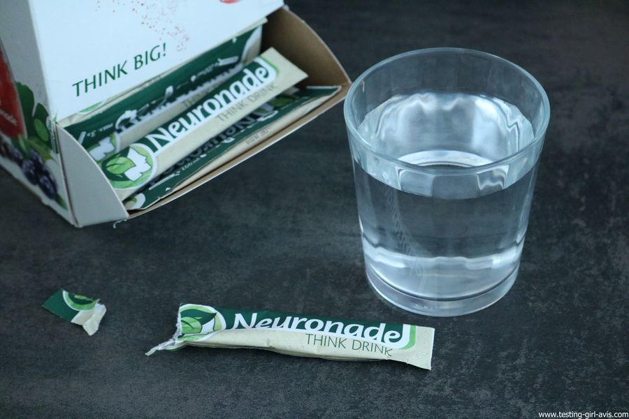 Neuronade Think Drink stick sachet verre eau