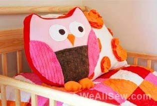 Source : http://weallsew.com/2011/01/19/snuggly-owl-by-ashley-johnston/