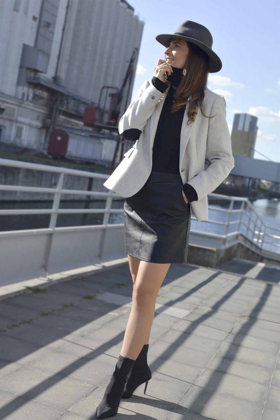 Chic en blazer & mini jupe