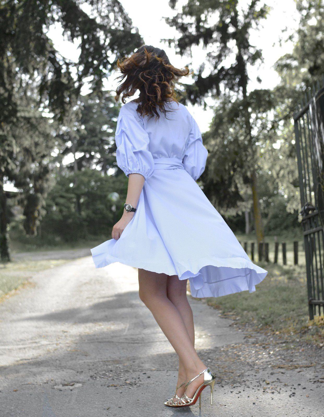 En robe portefeuille chic pour un été choc