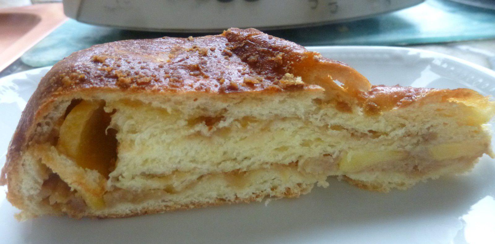 brioche à la pâte de spéculos et pommes