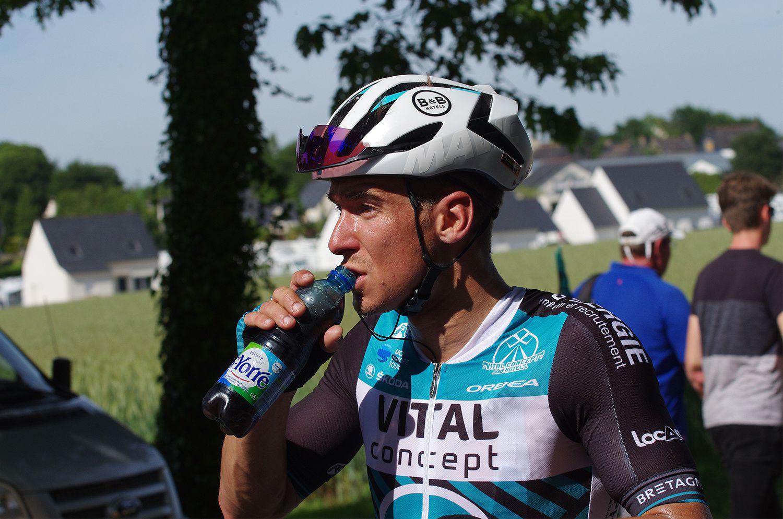 Le Grand Prix de Plumelec pour Benoît Cosnefroy