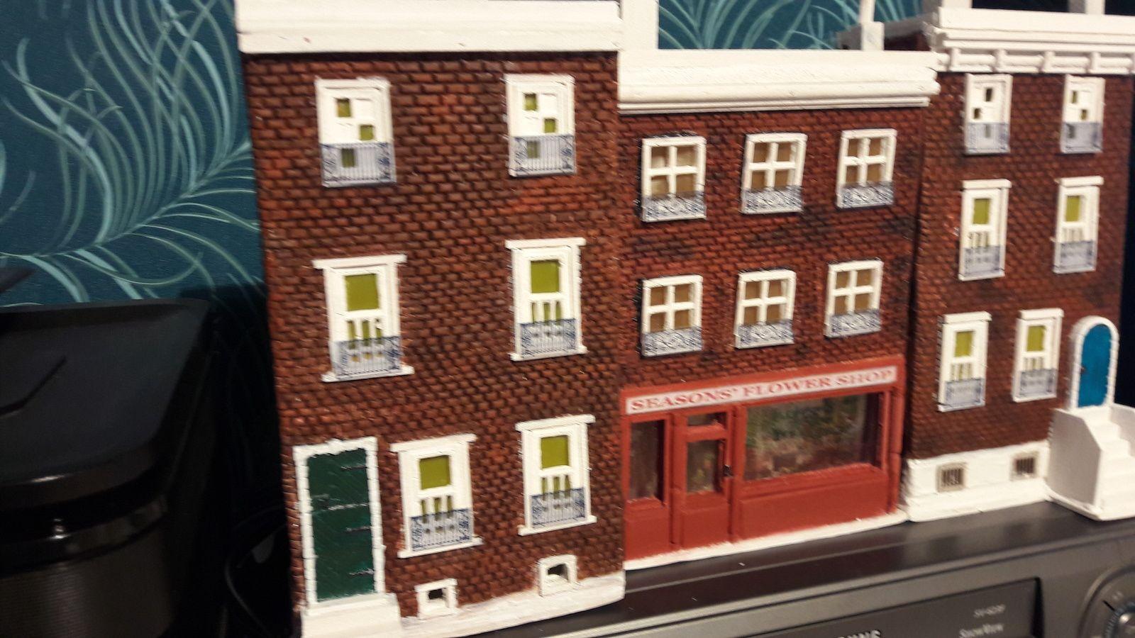 Diverses façades d'immeubles pour mon village