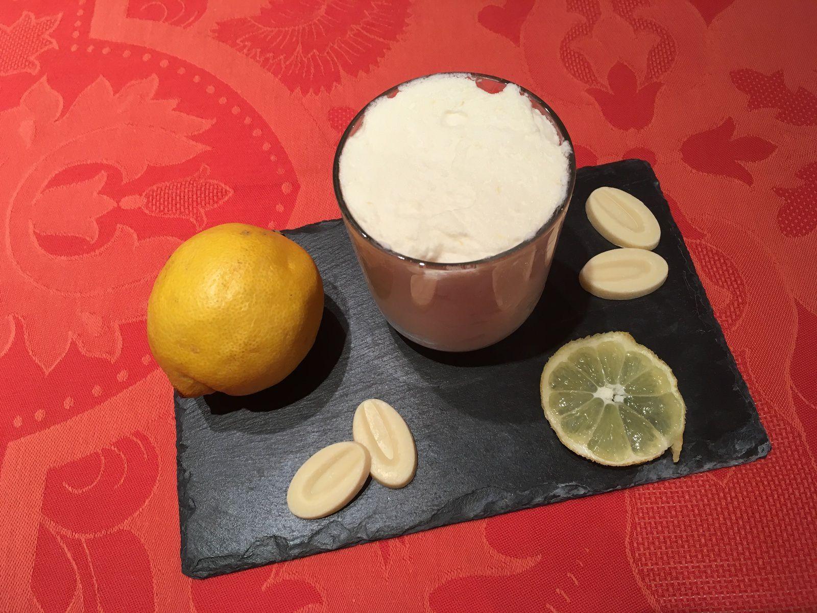 Mousse au chocolat blanc et au citron