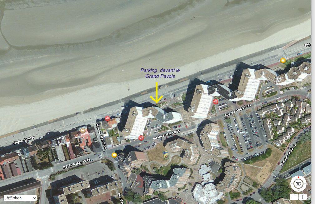 Parking digue de mer devant le Grand Pavois à Malo
