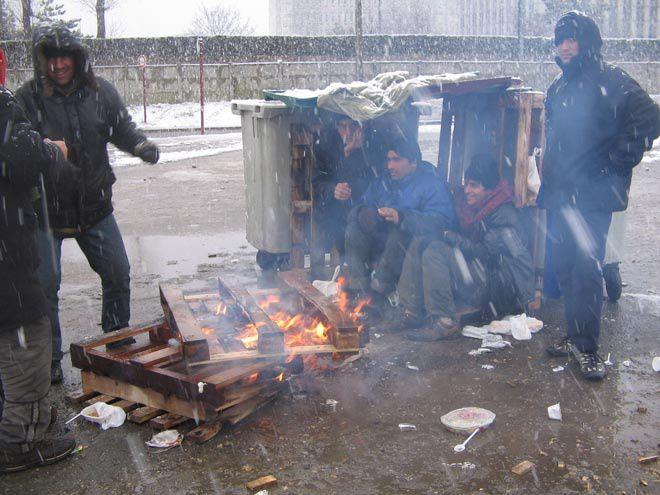CALAIS. La maire (LR) interdit la distribution de repas aux migrants