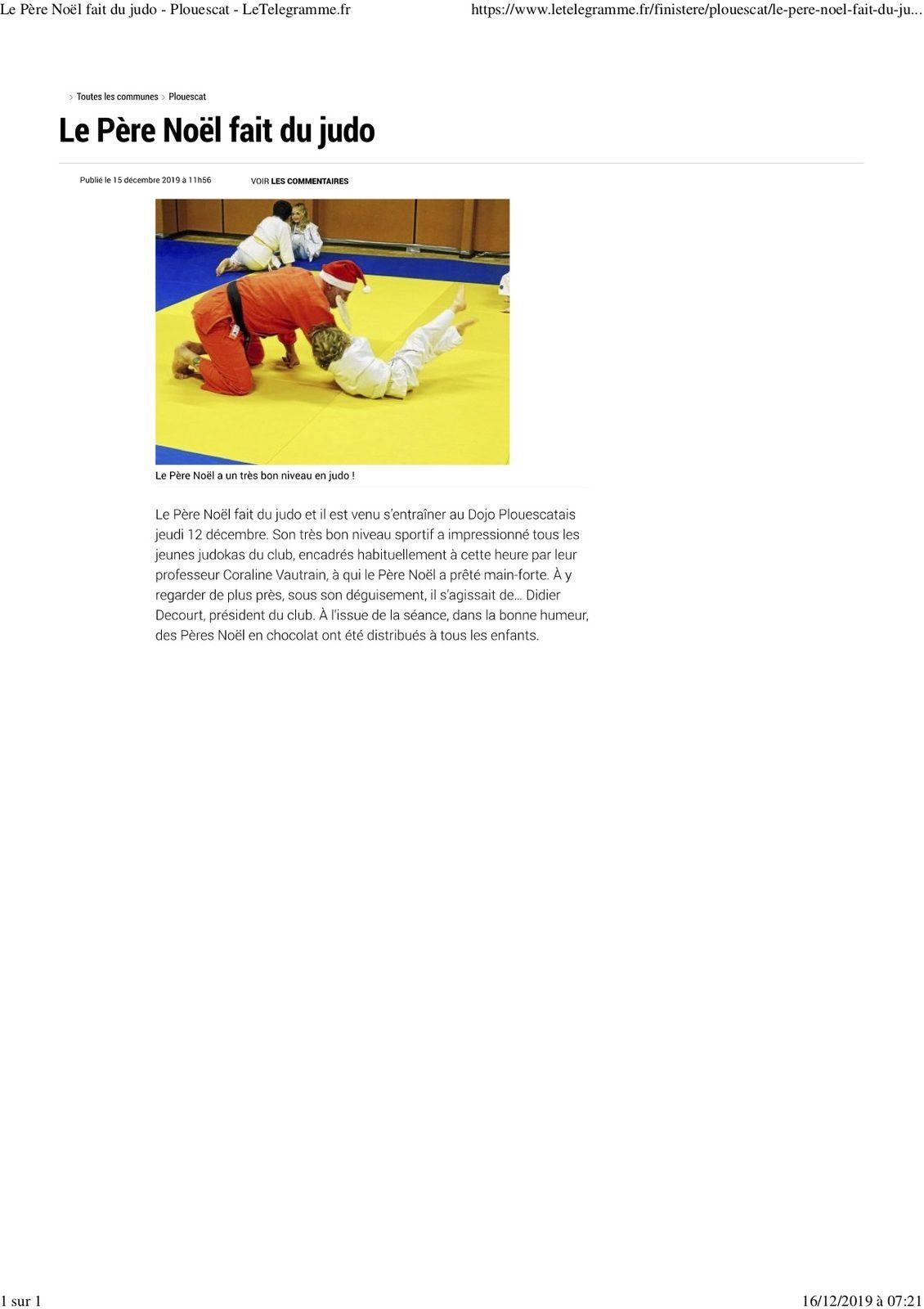 Le Père Noël fait du Judo à Plouescat.