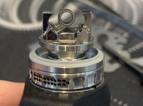 Test - Atomiseur - Blotto RTA Mini de chez Dovpo