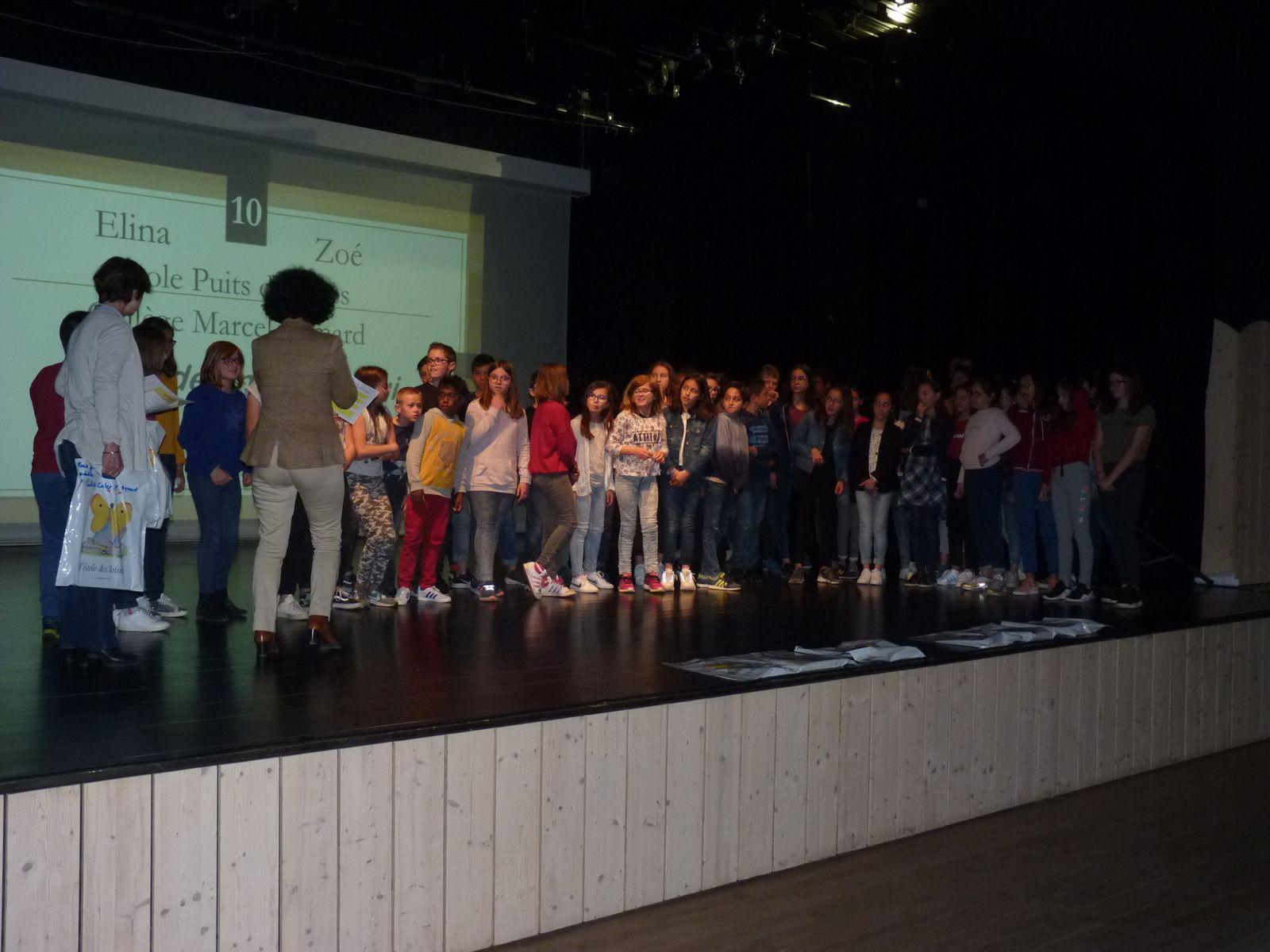 Les CM2 ont participé aux Rencontres départementales de lecture à haute voix à Olemps
