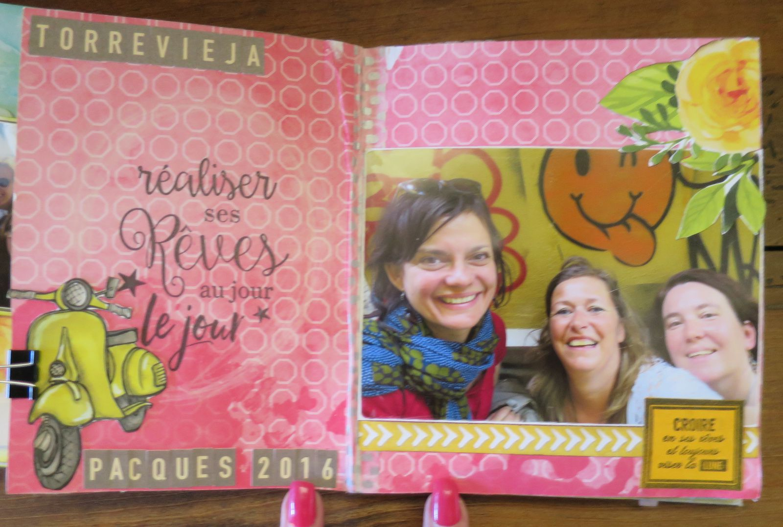 """Mini avec kit et tutoriel """"Y a du Soleil... et des Ananas"""" de Karine Cazenave-Tapie"""""""
