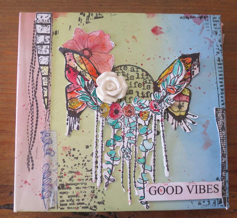 un album aux jeux de tampons et d'aquarelle... j'ai beaucoup aimé...